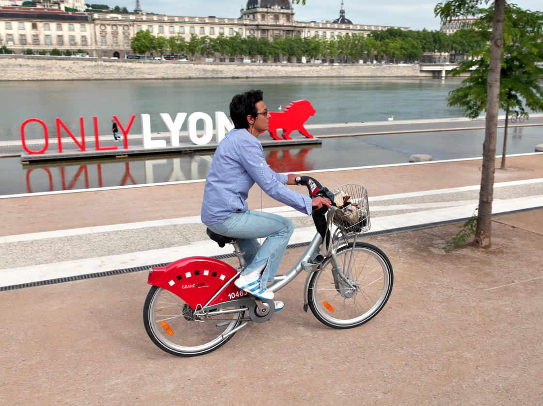 Lyon_nyro_max